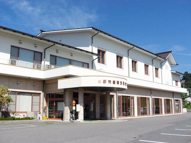 豊田分館   中野市立図書館
